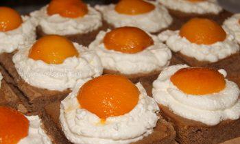 prăjitură ou ochi