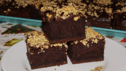 Prăjitură Negresă cu nuci