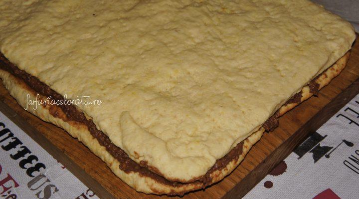 prăjitură cu foaie sfărâmată