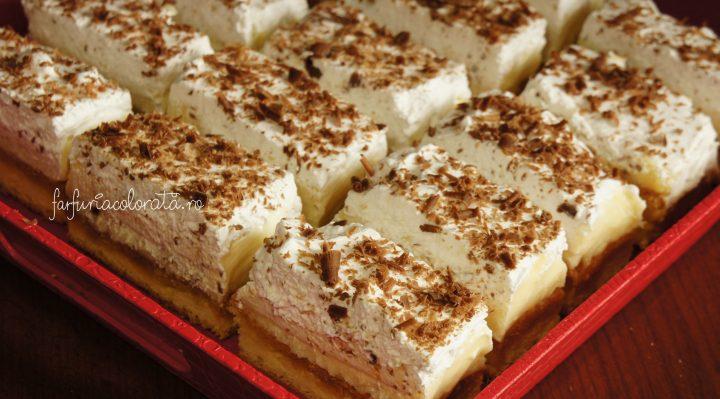 prăjitură cu cremă de vanilie și frișcă