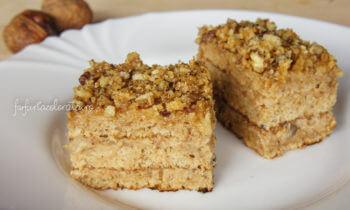 prăjitură kranț cu nucă și caramel