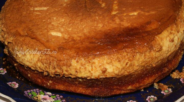 tort cu cremă de zahăr ars