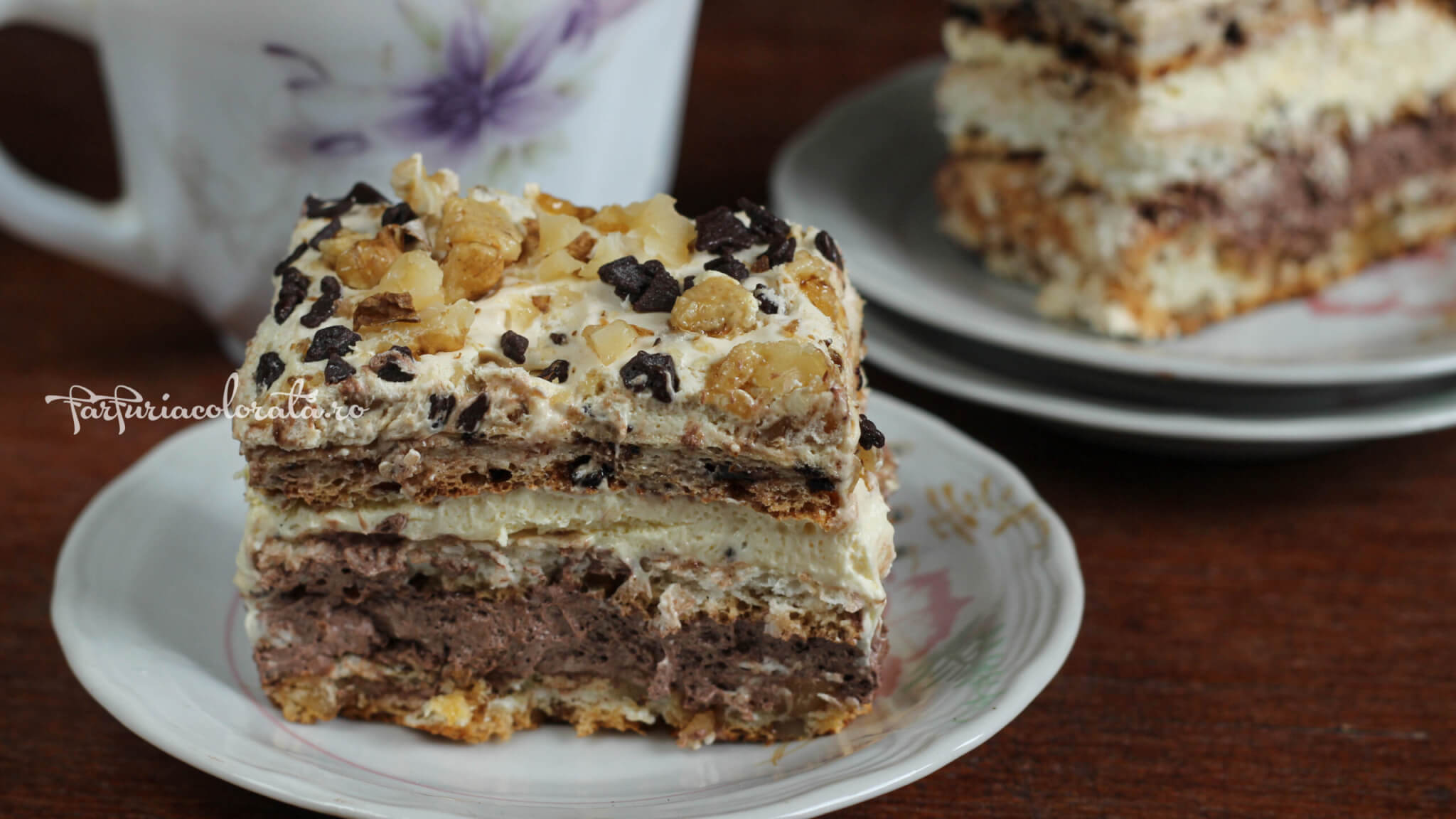 prăjitură deliciu cu cocos, nucă și ciocolată