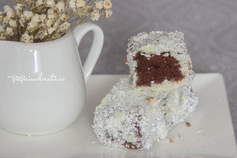 tăvălită cu ciocolată albă